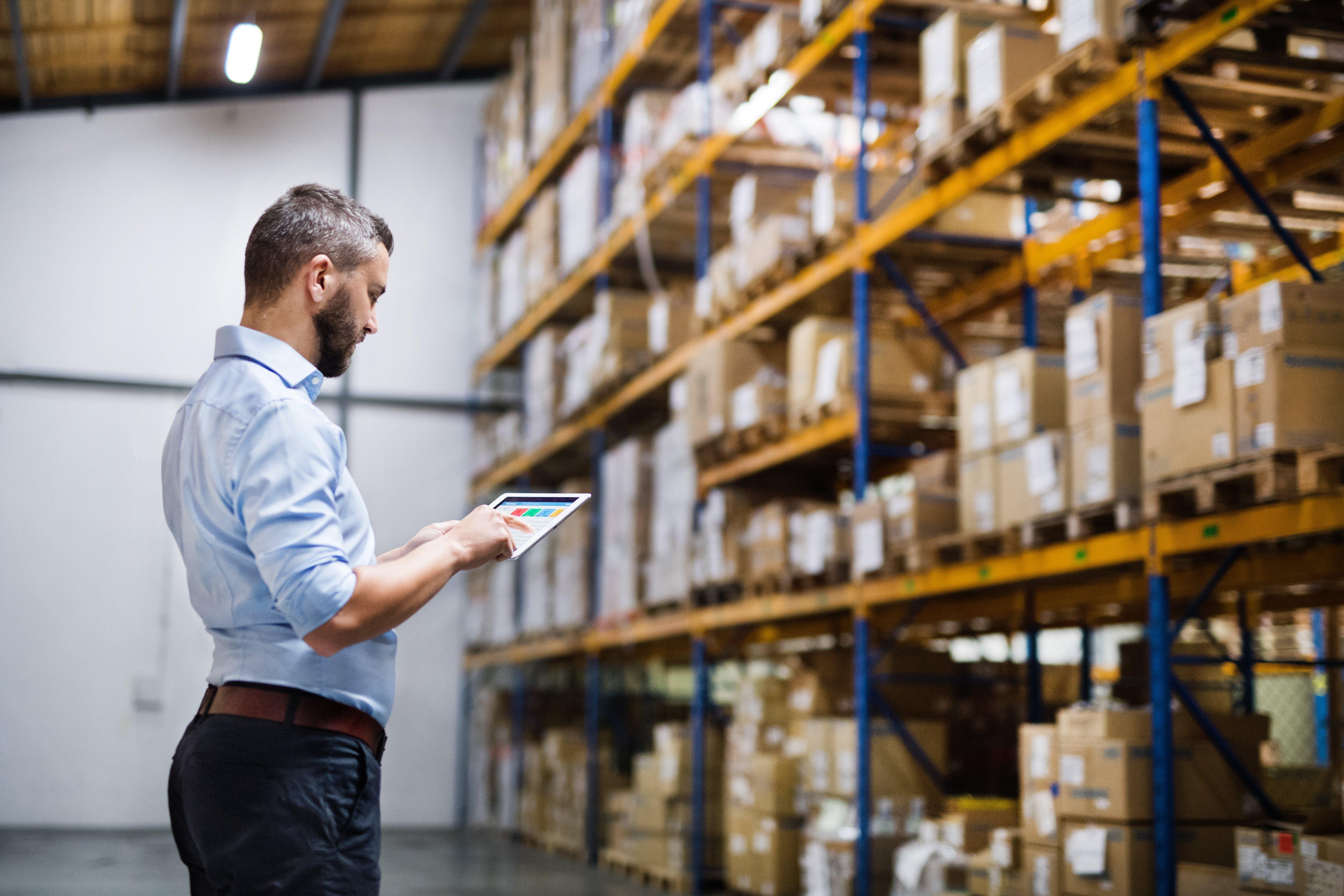 eCommerce_warehouse.jpg